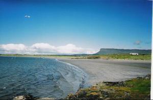 1712050-Ben_Bulben_Co_Sligo-Sligo